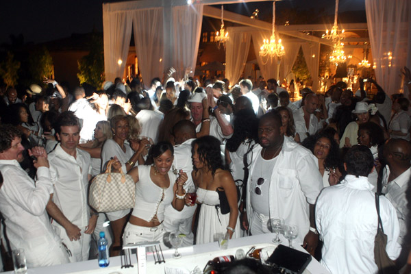 Aretha Franklin at the PS2 Estate during PS2 Estate Day 3 6th – P Diddy White Party Invitation