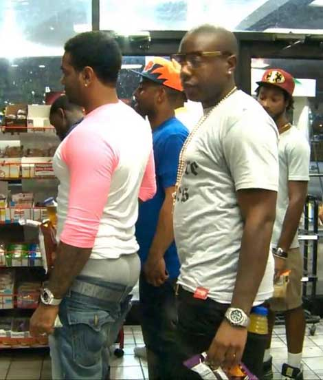 Jim Jones Sagging